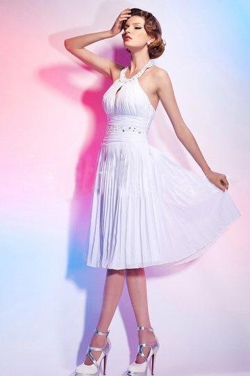Robe de soirée blanche col américain cousue de paillettes en mousseline style Marilyn Monroe