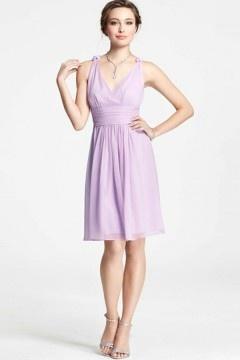Robe femme chic en violet pastel col V courte au genou