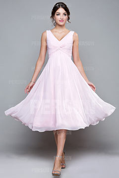 Robe rose de princesse col V plissée empire mi-longue en mousseline